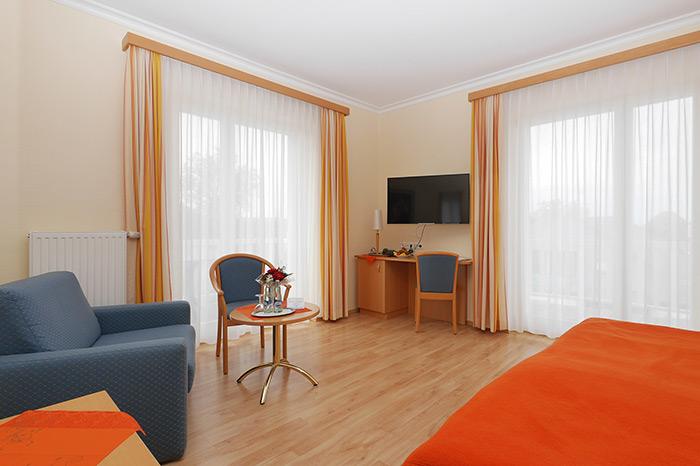zimmer im hotel auf usedom. Black Bedroom Furniture Sets. Home Design Ideas